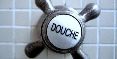 Les-français-et-la-douche