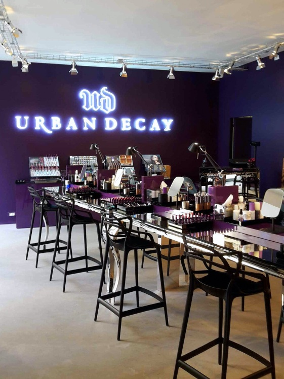 Boutique Urban Decay Paris.jpg