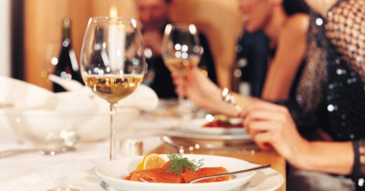 ok-les-bonnes-manieres-table-un-petit-guide-de-base-262084