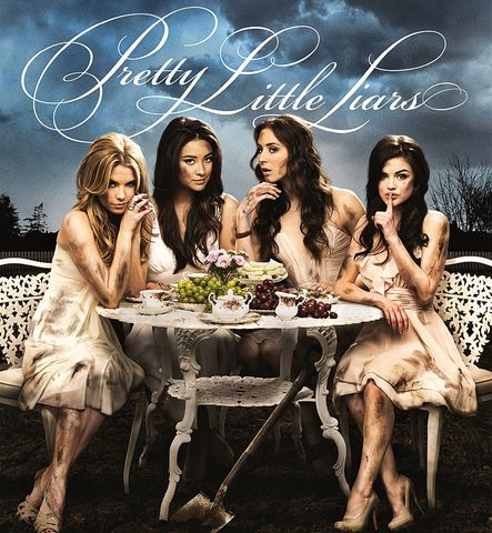 Pretty_little_liars_poster_season_2